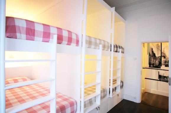 6-Bed-Dorm-(2).jpg